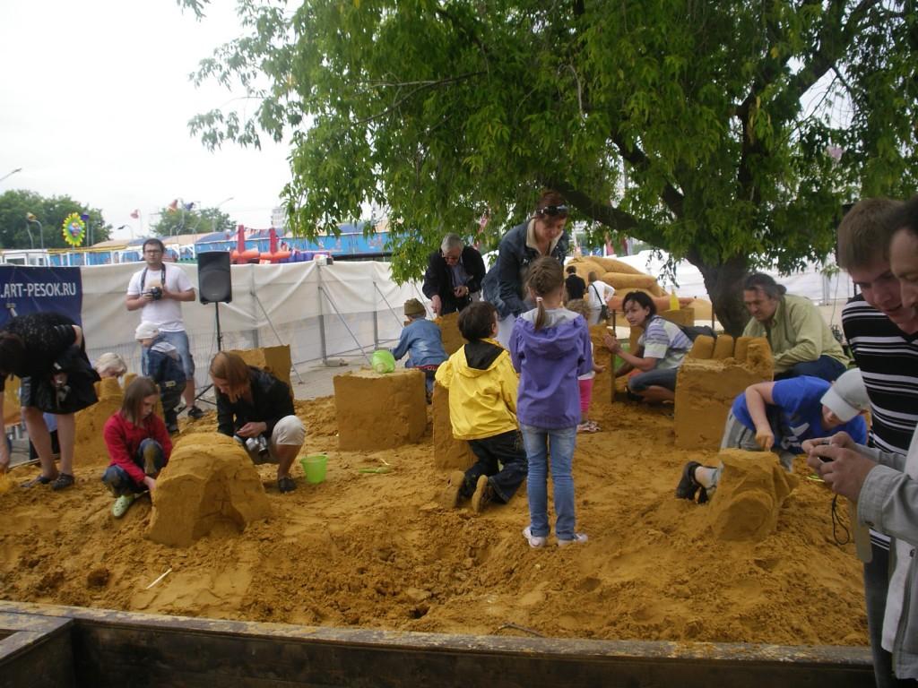 25 июня в Коломенском прошел конкурс скульптуры из песка